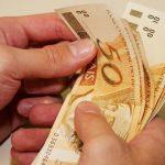Ministério da Economia avalia congelamento do salário mínimo