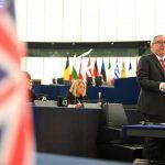"""Brexit: Juncker admite que risco de """"no deal"""" é """"muito real"""""""