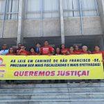 Servidores de Canindé procuram justiça para receber salários atrasados