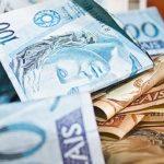 4 em cada 10 brasileiros estavam negativados em fevereiro, diz SPC