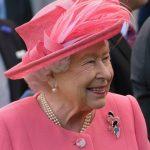 Harry e Meghan terão 'período de transição' entre Canadá e Reino Unido, diz Elizabeth II