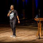 Risada garantida: Rodrigo Marques apresenta stand up em Aracaju